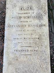 Grave of Eliza Hamilton