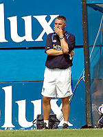 Photo: Kevin Poolman.<br />Luton Town v Leicester City. Coca Cola Championship.<br />05/08/2006. <br />An unhappy Leicester manager Rob Kelly.