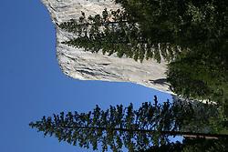 Sep 27, 2004; Yosemite, CA, USA; Yosemite's El Cap, a popular rock climbing destination in Yosemite National Park (Credit Image: © Krista Kennell/ZUMAPRESS.com)