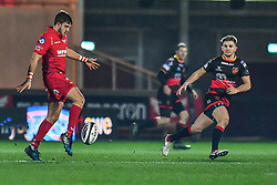 Scarlets' Dan Jones puts in a kick<br /> <br /> Photographer Craig Thomas/Replay Images<br /> <br /> Guinness PRO14 Round 13 - Scarlets v Dragons - Friday 5th January 2018 - Parc Y Scarlets - Llanelli<br /> <br /> World Copyright © Replay Images . All rights reserved. info@replayimages.co.uk - http://replayimages.co.uk