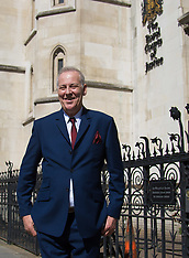 2017-05-24 Michael Barrymore arrives at the High Court in ongoing lawsuit against Essex Police