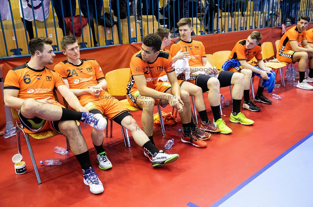 14-04-2019 SLO: Qualification EHF Euro Slovenia - Netherlands, Celje<br /> Team Netherlands look dejected after handball match between National teams of Slovenia and Netherlands in Qualifications of 2020 Men's EHF EURO