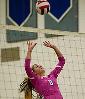 Winnisquam versus Interlakes volleyball.  Karen Bobotas for the Laconia Daily Sun