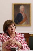 11 MAY 2006, BERLIN/GERMANY:<br /> Eva Luise Koehler, Gattin des Bundespraesidenten, waehrend einem Interview, Schloss Bellevue<br /> IMAGE: 20060511-02-040<br /> KEYWORDS: Eva Luise Köhler