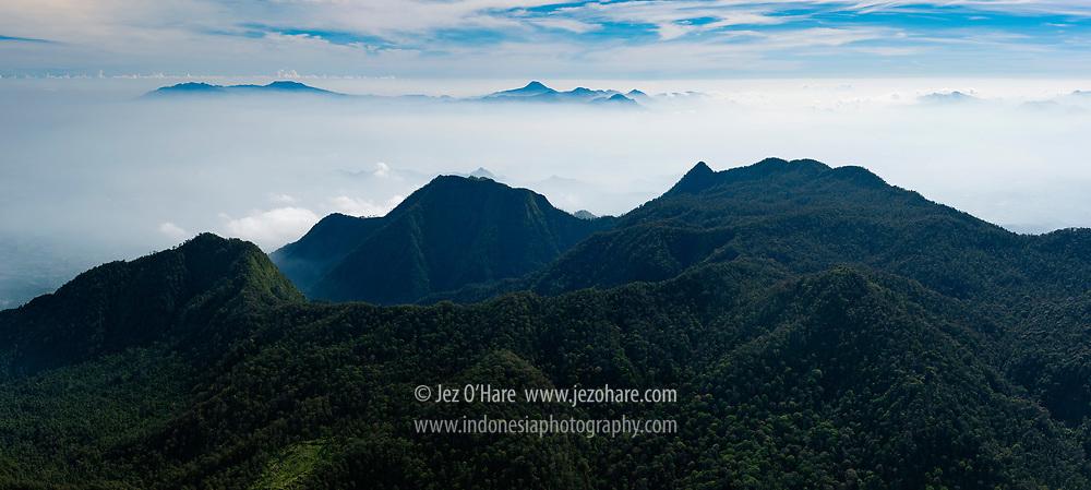 Gunung Malabar dan Puntang, Bandung, Jawa Barat, Indonesia