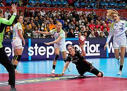 30-11-2019 JAP: Netherlands - Slovenia, Kumamoto<br /> First day 24th IHF Womenís Handball World Championship, Netherlands lost the first match against Slovenia with 26 - 32. / Polona Baric #13 of Slovenia, Laura van der Heijden #6 of Netherlands