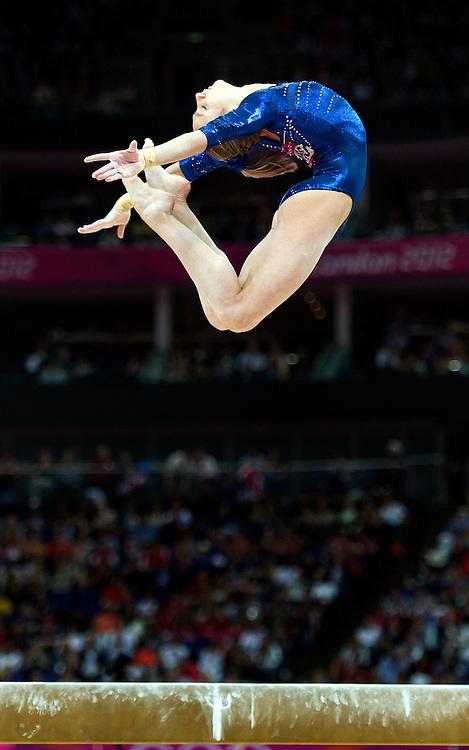Engeland, Londen, 02-08-2012.<br /> Olympische Spelen.<br /> Turnen, Balk, Vrouwen, Meerkamp.<br /> Victoria Komova uit Rusland op de balk.<br /> Foto : Klaas Jan van der Weij