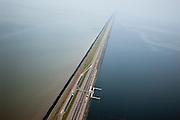Nederland, Noord-Holland, Gemeente Wieringen, 28-04-2010; Afsluitdijk ter hoogte van het Monument, de plaats waar in 1932 De Vlieter, het laatste gat, werd gesloten..Enclosure Dam at the height of the Monument, where in 1932 the Vlieter, the last opening, was closed..luchtfoto (toeslag), aerial photo (additional fee required).foto/photo Siebe Swart