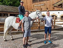 06.06.2017, Bio Hotel Stanglwirt, Going, AUT, OeSV Training, Herren Speed Team, Stanglwirt, Pressetermin, Training, im Bild v.l. Max Franz, Sepp Brunner (Abfahrtstrainer Herren) Andreas Puelacher (Cheftrainer Herren) // f.l. Max Franz of Austria Sepp brunner downhill coach men and Andreas Puelacher head coach men during a Trainingsession of men's speed Ski Team of Austrian Ski Federation (OeSV) at the Bio Hotel Stanglwirt in Going, Austria on 2017/06/06. EXPA Pictures © 2017, PhotoCredit: EXPA/ Stefan Adelsberger