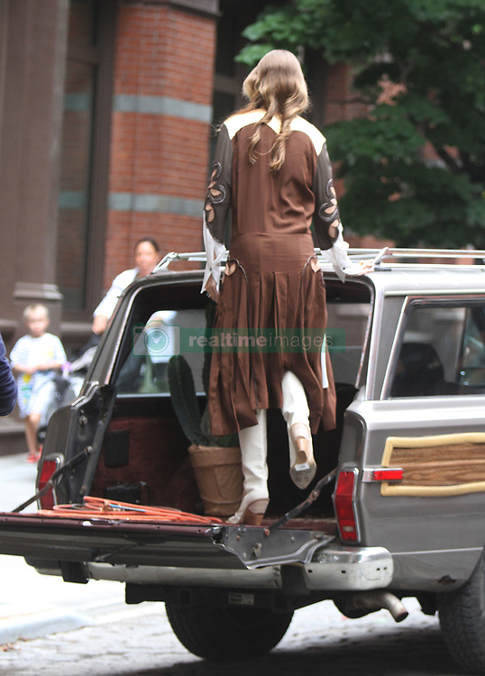 NEW YORK, NY - May 31: Gigi Hadid pictured doing a photo shoot in New York City on May 31, 2018. 31 May 2018 Pictured: Gigi Hadid. Photo credit: RW/MPI/Capital Pictures / MEGA TheMegaAgency.com +1 888 505 6342