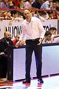 DESCRIZIONE : Campionato 2015/16 Giorgio Tesi Group Pistoia - Enel Brindisi<br /> GIOCATORE : Esposito Vincenzo<br /> CATEGORIA : Allenatore Coach Mani Delusione<br /> SQUADRA : Giorgio Tesi Group Pistoia<br /> EVENTO : LegaBasket Serie A Beko 2015/2016<br /> GARA : Giorgio Tesi Group Pistoia - Enel Brindisi<br /> DATA : 04/10/2015<br /> SPORT : Pallacanestro <br /> AUTORE : Agenzia Ciamillo-Castoria/S.D'Errico<br /> Galleria : LegaBasket Serie A Beko 2015/2016<br /> Fotonotizia : Campionato 2015/16 Giorgio Tesi Group Pistoia - Enel Brindisi<br /> Predefinita :