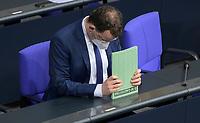 DEU, Deutschland, Germany, Berlin, 27.01.2021: Bundesgesundheitsminister Jens Spahn (CDU) bei der aktuellen Stunde in der Plenarsitzung im Deutschen Bundestag.