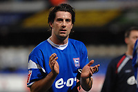 Photo: Ashley Pickering.<br />Ipswich Town v Burnley. Coca Cola Championship. 02/12/2006.<br />Ipswich Town goal scorer, Alan Lee leaves the pitch after the match