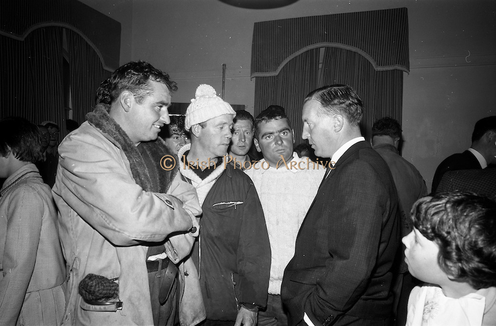 21/08/1966<br /> 08/21/1966<br /> 21 August 1966<br /> European Sea Angling Championship at Howth, Dublin. Mr. Charles Haughey (right), Minister for Agriculture and Fisheries, charing with (l-r): Paddy Curtis, Waterfront Sea Angling Club; Albert O'Keeffe, Knights of the Silver Hook and John Curtis, Waterfront Sea Angling Club in the Lawrence Hotel after the competition.