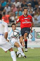 FOOTBALL - TROPHEE DE CHAMPIONS 2010 - OLYMPIQUE MARSEILLE v PARIS SAINT GERMAIN - 28/07/2010 - PHOTO PHILIPPE LAURENSON / DPPI - CESAR AZPILICUETA (OM) / NENE (PSG)