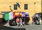 FLORENCE: souvenir shop Piazza del Duomo, Cattedrale di Santa Maria del Fiore