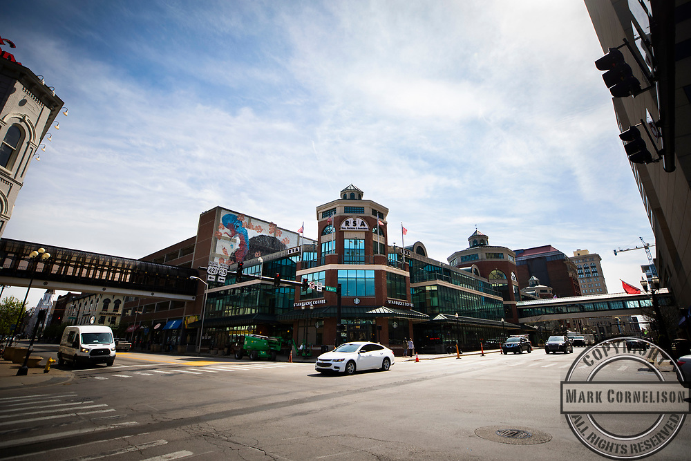 Marketing shoot across the city. Photo by Pete Comparoni   UKphoto