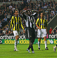 Photo: Andrew Unwin.<br /> Newcastle United v Fenerbahce. UEFA Cup. 19/10/2006.<br /> Newcastle's Obafemi Martins rues a saved opportunity.