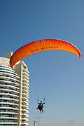 Paraglider Landeplatz an der Küste, Netanya, Israel.|.paraglider landing point, Netanya, Israel