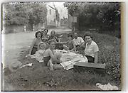 roadside family picnic France 1930s