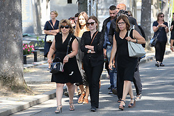 Beerdigung von Sonia Rykiel auf dem Friedhof Montparnasse in Paris / 010916 *** French actress Isabelle Carre during the funeral of the late French fashion designer Sonia Rykiel, at the Montparnasse cemetery in Paris, France, September 1 2016.