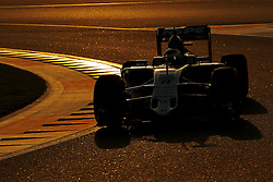 Rennen des Grand Prix von Abu Dhabi auf dem Yas Marina Circuit / 271116<br /> <br /> ***Abu Dhabi Formula One Grand Prix on November 27th, 2016 in Abu Dhabi, United Arab Emirates - Racing Day *** <br /> <br /> Sergio Perez (MEX) Sahara Force India F1  <br /> 27.11.2016. Formula 1 World Championship, Rd 21, Abu Dhabi Grand Prix, Yas Marina Circuit, Abu Dhabi, Race Day.
