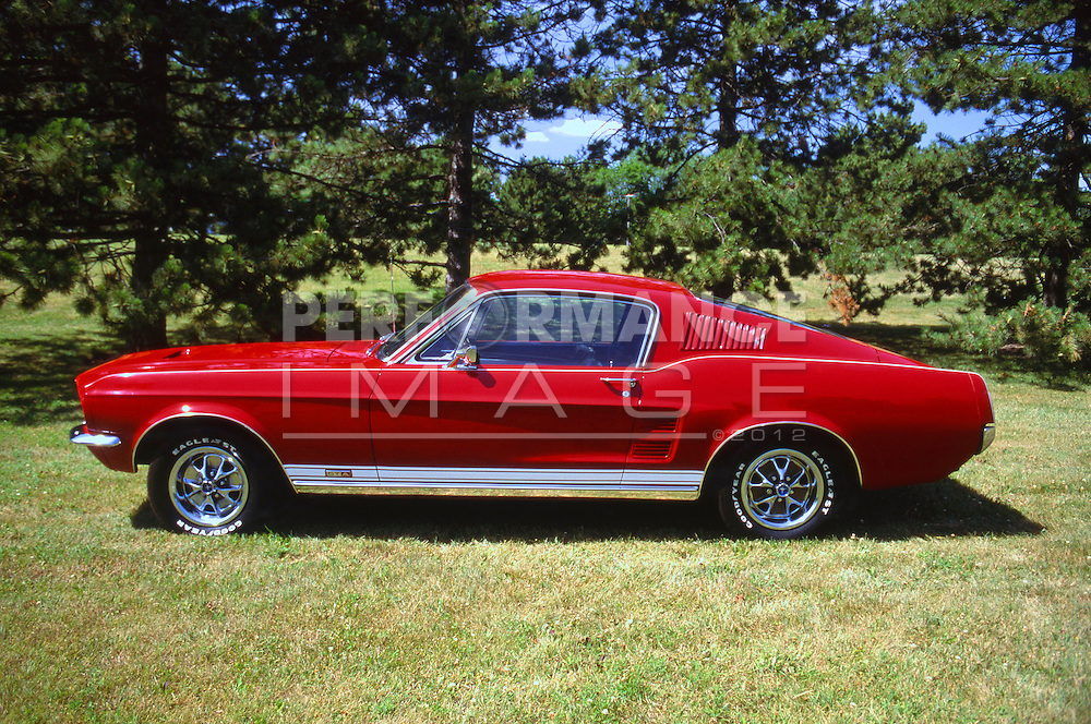 1967 2 + 2 Ford Mustang