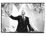 Henryk de Kwiatkowski. Warhol Museum Opening. Pittsburgh. 1992 approx. © Copyright Photograph by Dafydd Jones 66 Stockwell Park Rd. London SW9 0DA Tel 020 7733 0108 www.dafjones.com