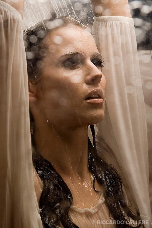 Fashion photography. Vesna in shower. 2006.