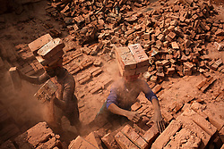 November 21, 2018 - Dhaka, Bangladesh - Workers working in a brick field in Narayanganj near Dhaka, Bangladesh. November 21, 2018  (Credit Image: © Mushfiqul Alam/NurPhoto via ZUMA Press)