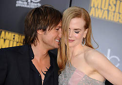 Keith Urban and Nicole Kidman attend the 2009 American Music Awards in Los Angeles, California, USA on November 22, 2009. Photo by Lionel Hahn/ABACAPRESS.COM (Pictured: Nicole Kidman, Keith Urban)  | 210301_046