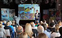 AMSTERDAM - Guido Davio van de KNHB tijdens KNHB Symposium Train de Trainer, voor trainer, coach , begeleider binnen het aangepaste hockey. Dit alles in het Ronald MacDonald Centre in Amsterdam. COPYRIGHT KOEN SUYK
