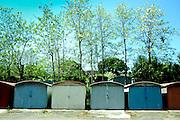Il muro  quartiere Cotone adiacente all' acciaieria Lucchini.<br /> 23 aprile 2014 . Daniele Stefanini /  OneShot