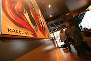 Das Karel Gott Gallery Restaurant in der Spalena Straße im Zentrum von Prag. Im  Innenbereich des Restaurants befindet sich eine Ausstellung mit Bildern von Karel Gott.<br /> <br /> The Karel Gott Gallery Restaurant in  Pragues city centre from outside. Exhibited in the gallery are duplications of paintings by Karel Gott.