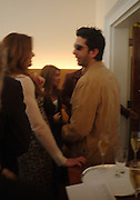 Brooke Shields and David Schwimmer. Lunch party for Brooke Shields hosted by charles finch and Patrick Cox. Mortons. Berkeley Sq. 6 July 2005. ONE TIME USE ONLY - DO NOT ARCHIVE  © Copyright Photograph by Dafydd Jones 66 Stockwell Park Rd. London SW9 0DA Tel 020 7733 0108 www.dafjones.com