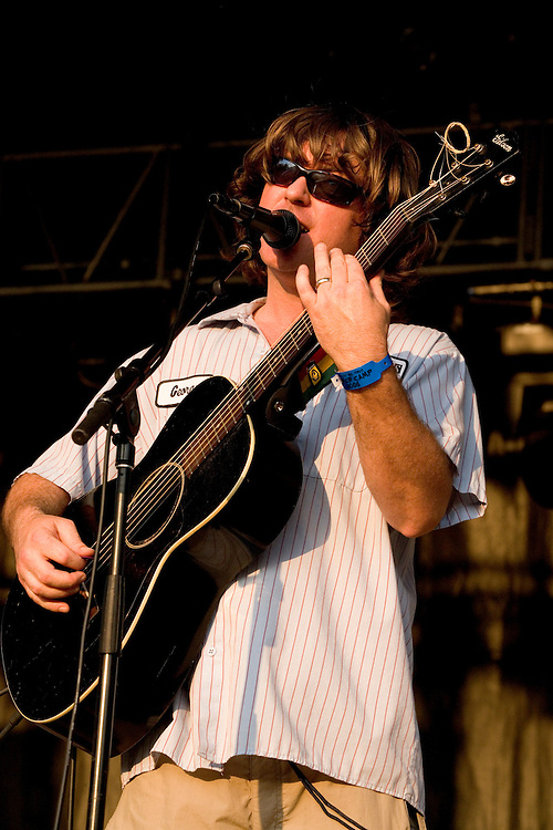 """Keller Williams (also known as K-Dub or just Keller) is an American musician from Fredericksburg, Virginia who began performing in the early 1990s. His music combines elements of bluegrass, folk, alternative rock, reggae, electronica/dance, jazz, funk, and other assorted genres. He is often described as a 'one-man jam-band'.<br /> <br /> Though primarily a solo artist, Keller has toured with several bands that include Yonder Mountain String Band, String Cheese Incident, Umphrey's McGee and Ratdog.<br /> <br /> A self-taught musician, he usually performs with an acoustic guitar connected to Gibson Echoplex Delay system, which allows him to play a riff once on his instrument, record, and repeat it. This lets him play unaccompanied and include a variety of instruments in his shows.<br /> <br /> Keller currently hosts the radio show Keller's Cellar which has a live online stream and is pre-recorded at Wally Cleaver's in Fredericksburg, VA.  <br /> <br /> Keller recently started the """"Once a Week Freak"""", on his website where every week he will release a new song from his 2009 album """"Odd""""."""
