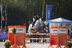 Lankester Carolein - Blue Berry<br /> KWPN Paardendagen 2011 - Ermelo 2011<br /> © Dirk Caremans