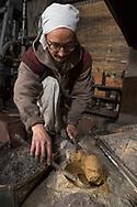 """Tsumi-wakashi"" (build up and boil) is this moment in making a sword called.<br /> <br /> Yasha Yukawa, swordsmith in Hofu, Yamaguchi Prefekture, Japan<br /> Photographer: Christina Sjogren<br /> Copyright 2018, All Rights Reserved<br /> <br /> ""Tsumi-wakashi"" (bygga upp och koka) kallas detta moment i svärdsmidet.<br /> <br /> Yasha Yukawa, svärdsmed i Hofu, Yamaguchi Prefektur, Japan<br /> Fotograf: Christina Sjögren<br /> Copyright 2018, All Rights Reserved"