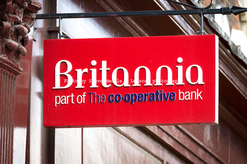 Britannia Bank Sign - Aug 2013.