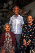 Family portrait, Hue