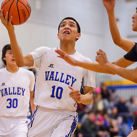Valley Sanders Pirate Apollo Smith (10) cruises past the St. Michaels Cardinal defense Saturday at Valley Sanders High School.