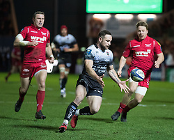 Toulon's Alby Mathewson chases the ball down<br /> <br /> Photographer Simon King/Replay Images<br /> <br /> European Rugby Champions Cup Round 6 - Scarlets v Toulon - Saturday 20th January 2018 - Parc Y Scarlets - Llanelli<br /> <br /> World Copyright © Replay Images . All rights reserved. info@replayimages.co.uk - http://replayimages.co.uk