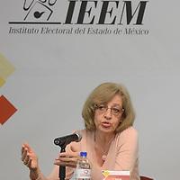 """Toluca, México.- Luisa Béjar Algazi, Catedrática de la UNAM, ofreció la  conferencia """"Representación y Participación en los Sistemas Democráticos"""" dentro del marco del ciclo de conferencia reflexiones sobre la democracia desde el Edo Mex en el IEEM. Agencia MVT / Arturo Hernández."""