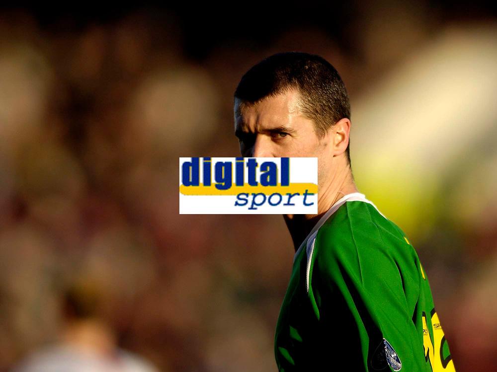 Photo: Jed Wee.<br /> Clyde v Glasgow Celtic. Scottish Cup. 08/01/2006.<br /> <br /> Celtic's Roy Keane makes his debut.