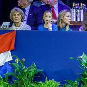 NLD/Amsterdam/20190127 - Jumping Amsterdam, dag 3, Irene en Margarita met haar kindermeisje