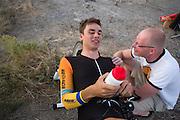 Thomas van Schaik feliciteert Sebastiaan Bowier met het goede resultaat. In de buurt van Battle Mountain, Nevada, strijden van 10 tot en met 15 september 2012 verschillende teams om het wereldrecord fietsen tijdens de World Human Powered Speed Challenge. Het huidige record is 133 km/h.<br /> <br /> Thomas van Schaik congratulates Sebastiaan Bowier with his results. Near Battle Mountain, Nevada, several teams are trying to set a new world record cycling at the World Human Powered Speed Challenge from Sept. 10th till Sept. 15th. The current record is 133 km/h.