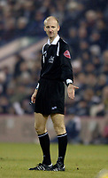 Photo: Glyn Thomas.<br />West Bromwich Albion v Tottenham Hotspur. The Barclays Premiership. 28/12/2005.<br />Referee Mike Riley.