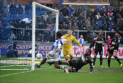 Ellis Harrison of Bristol Rovers goes close - Mandatory by-line: Neil Brookman/JMP - 30/03/2018 - FOOTBALL - Memorial Stadium - Bristol, England - Bristol Rovers v Bury - Sky Bet League One