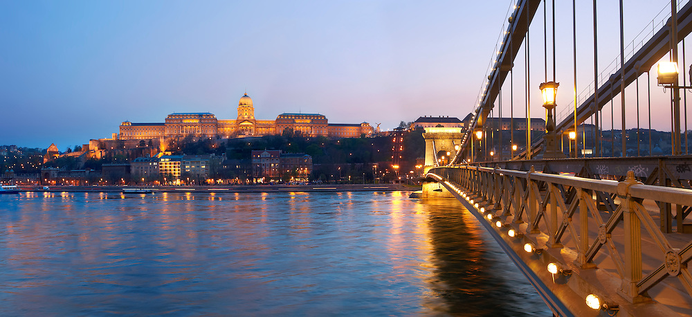 Chain bridge and catle at sunset - Budapest - Hungary .<br /> <br /> Visit our HUNGARY HISTORIC PLACES PHOTO COLLECTIONS for more photos to download or buy as wall art prints https://funkystock.photoshelter.com/gallery-collection/Pictures-Images-of-Hungary-Photos-of-Hungarian-Historic-Landmark-Sites/C0000Te8AnPgxjRg