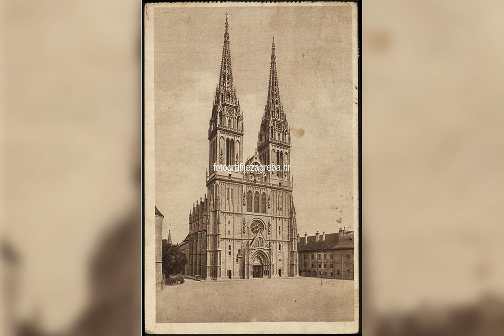 Zagreb : Stolna crkva. <br /> <br /> ImpresumZagreb : Naklada S. Marković, [1925].<br /> Materijalni opis1 razglednica : tisak ; 14 x 9 cm.<br /> SuradnikŠimić, R.<br /> NakladnikNaklada S. Marković<br /> Mjesto izdavanjaZagreb<br /> Vrstavizualna građa • razglednice<br /> ZbirkaGrafička zbirka NSK • Zbirka razglednica<br /> Formatimage/jpeg<br /> PredmetZagreb –– Kaptol<br /> Katedrala Uznesenja Marijina (Zagreb)<br /> SignaturaRZG-KAP-11<br /> Obuhvat(vremenski)20. stoljeće<br /> NapomenaRazglednica je putovala 1925. godine. • Razglednica je tiskana po fotografiji R. Šimića.<br /> PravaJavno dobro<br /> Identifikatori000955278<br /> NBN.HRNBN: urn:nbn:hr:238:046431 <br /> <br /> Izvor: Digitalne zbirke Nacionalne i sveučilišne knjižnice u Zagrebu